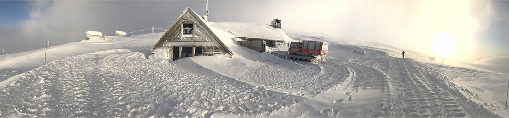 A panoramic picture of the Silcox Hut, complete with transportation out front. Image Courtesy: Dan Meyers