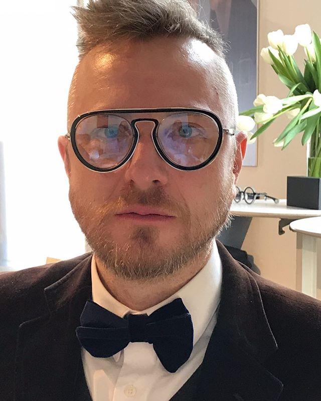 Darrin trying on Blake Kuwahara frames at the International Vision Expo in NYC.  Perfect fit, eh?  #visionexpo #nyc #eyewear #fashioneyewear #funky #blakekuwahara #glasses #outifthisworld #portland #portlandeyewear #bestinportland #optical