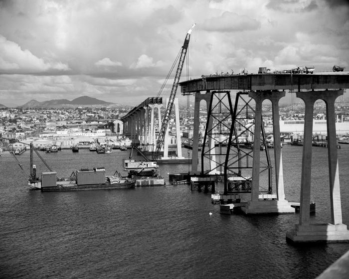 Coronado_Bridge_Construction_(15556-12).jpg