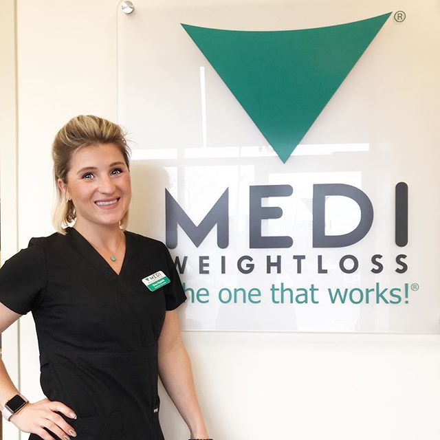 //2018 has been a rollercoaster of jobs with my number of passions. If you know me, my life revolves around health and wellness, fitness and nutrition. I truly love seeing people become their best versions of themselves and watching their journey. It's been over a month I've started working at MEDI Weightloss in Naperville as a Nutrition Counselor and it's been a huge step in the right direction for me! I feel so blessed to be working with such a great team of ladies (now new girlfriends). - - I wouldn't be where I am today if it wasn't for the people in my life pushing me mentally and physically and with my desire to continue to evolve myself into everything I wish to become. I'm excited to keep going down the path I'm on and see what unfolds with the plans I have! Who knows which way they will take off, but I'm taking bigger leaps every year towards my goals. ✨