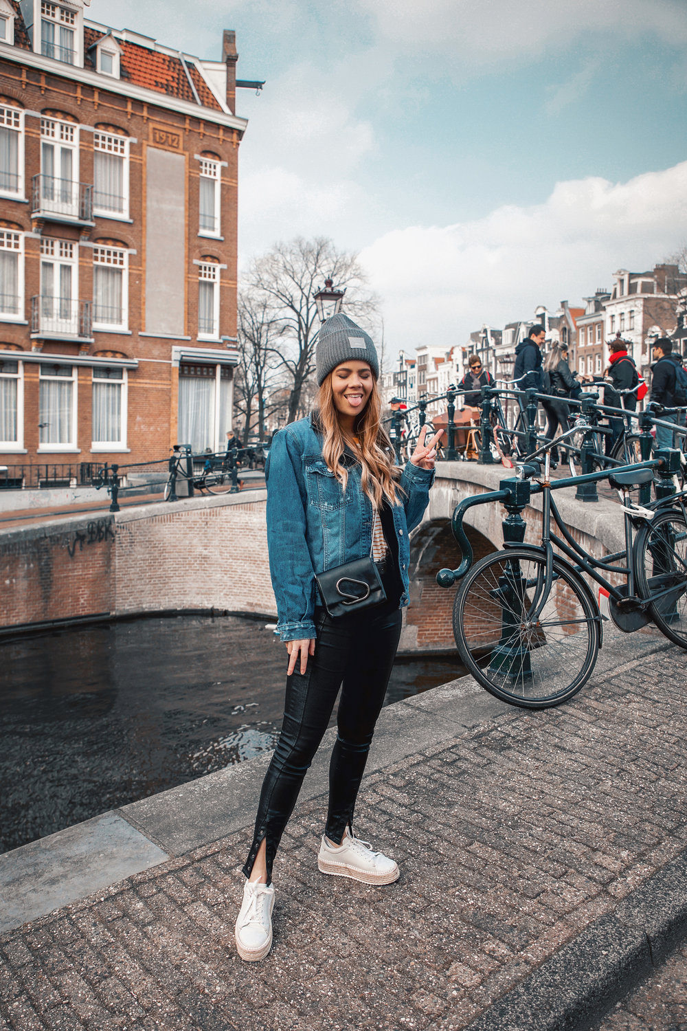 amsterdam-winter-outfit-street-style_6.jpg
