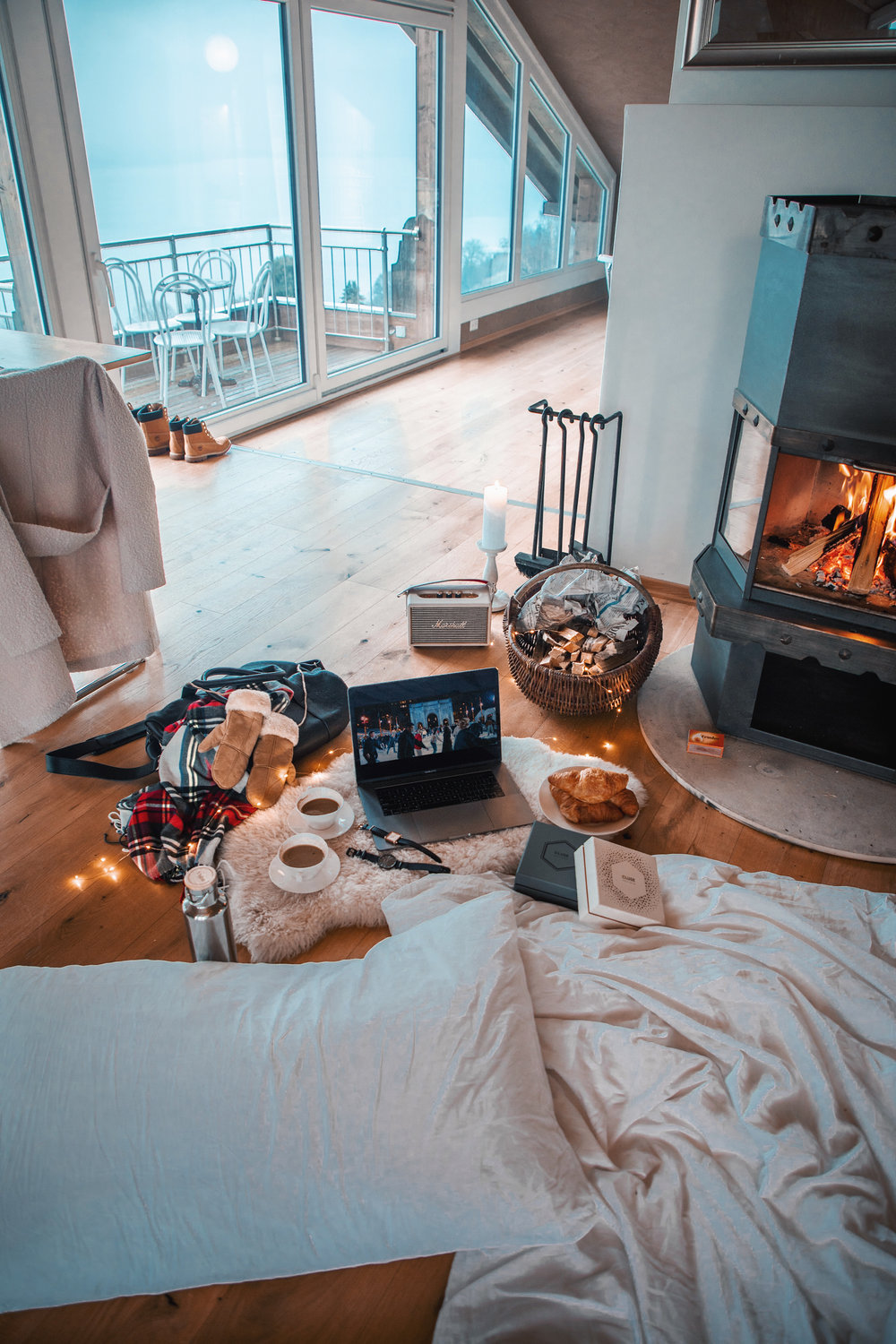 lion-in-the-wild_cluse-christmas-cosy-home-12.jpg