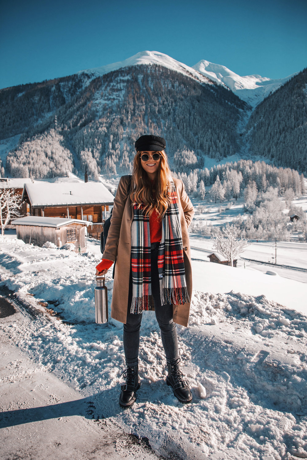 lion-in-the-wild_winter-outfits-switzerland_8.jpg