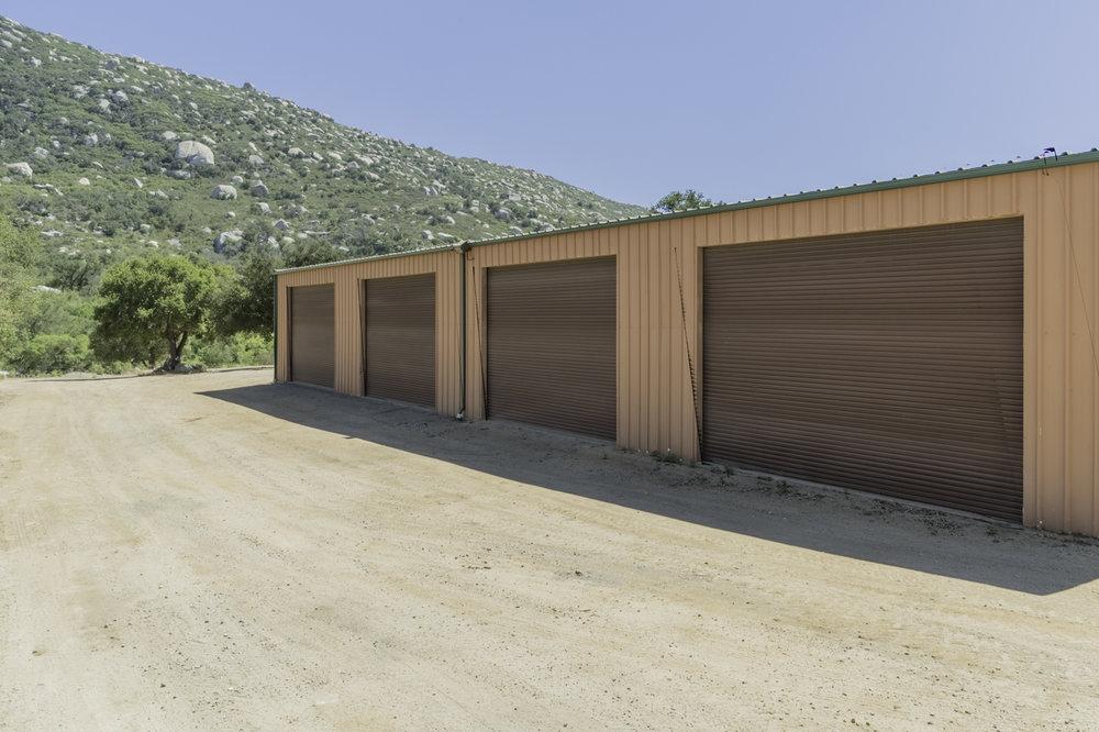 barn-for-sale-16305-Salida-Del-Sol-for-sale-ramona-ca.jpg