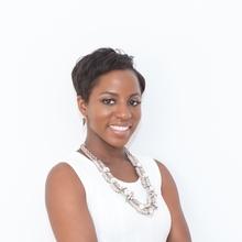 Bola Sokunbi  - Certified Financial Educator (CFEI), Money Expert & Founder of Clever Girl Finance