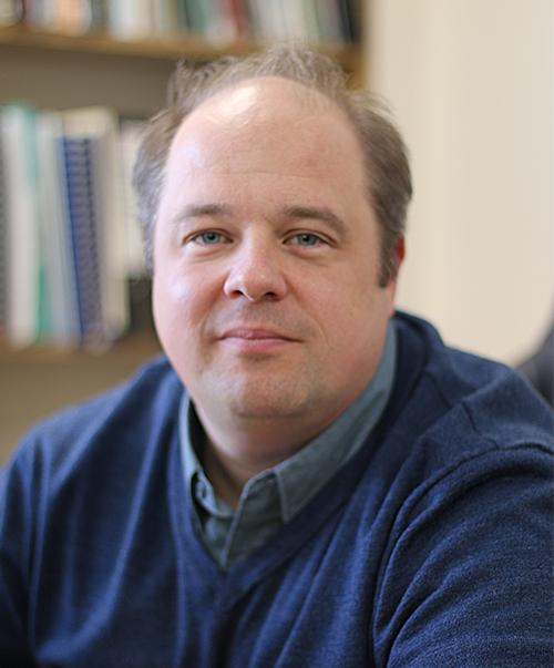 Dr Gareth Davies -