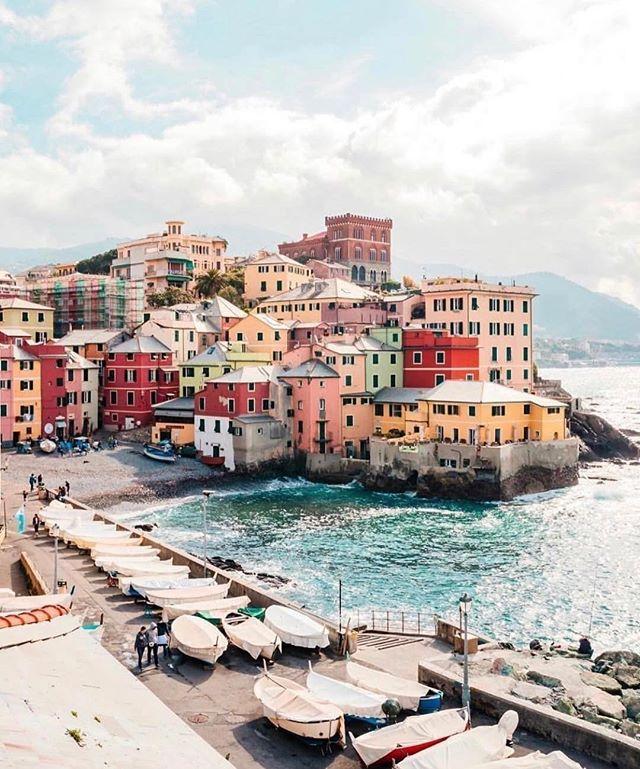 """Genoa has a heart and soul like no other"". We think the same about our Italian Dry Gin. #viihillsgin #italiandrygin ° ° ° 📸 @davideor94 °  #igersgenova #genova #genovacity #genovaphotomarathon #genovapm #genovacentro #genova_cartoline #genova_it #genovamore #genovaè #genovatoday #genovamade #genovamorethenthis #genovaitaly"