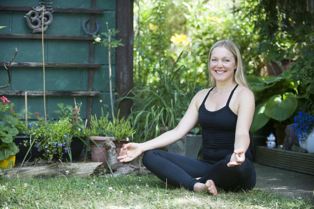 Louise Millward: Hummingbee Yoga - www.hummingbee.co.uk