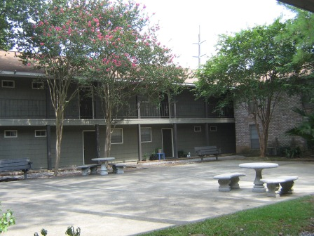 6a - office courtyard.JPG