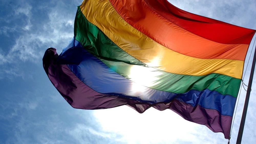 HUMANITA, PRÁVA MENŠIN, LGBT -