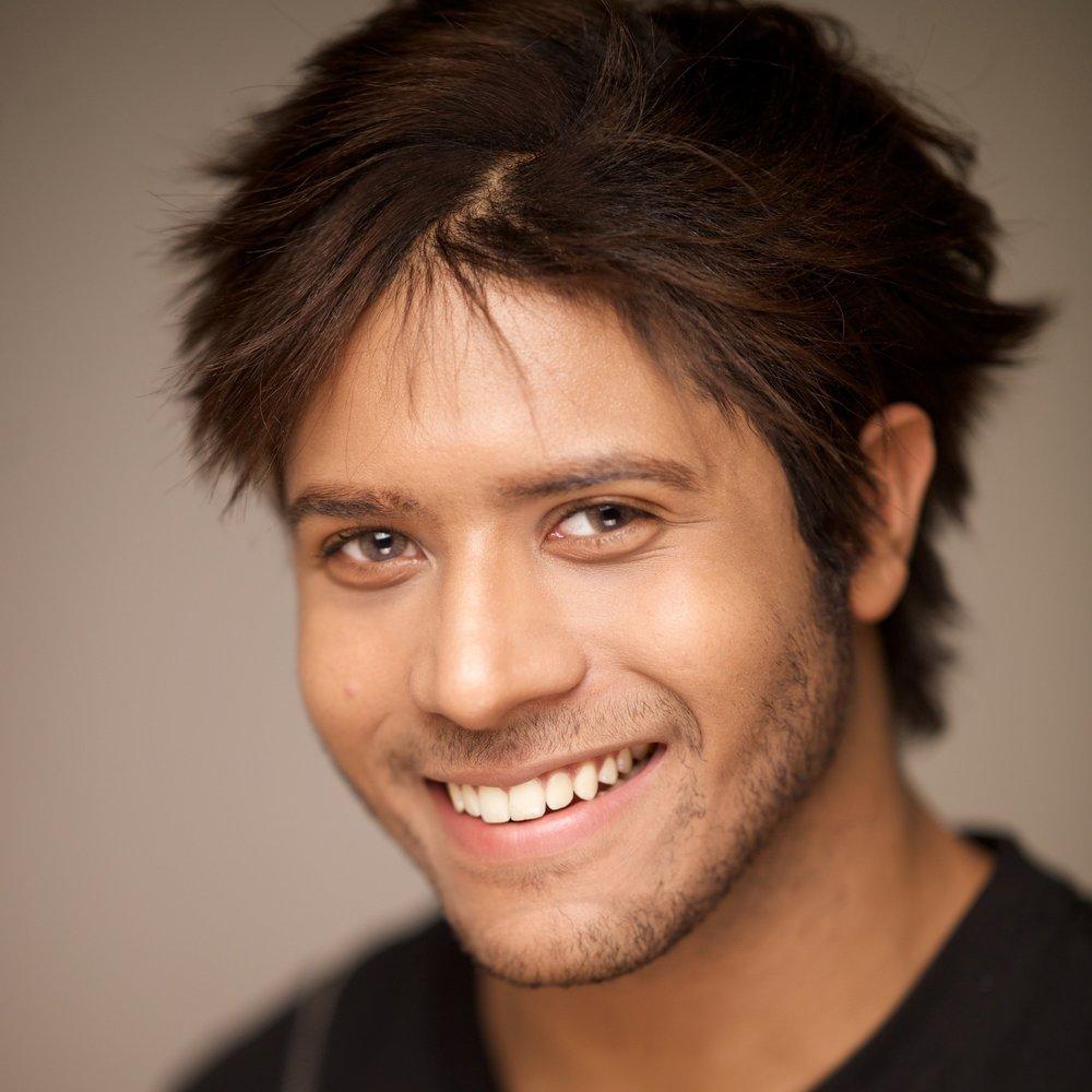 Adrian Ian - ACTOR