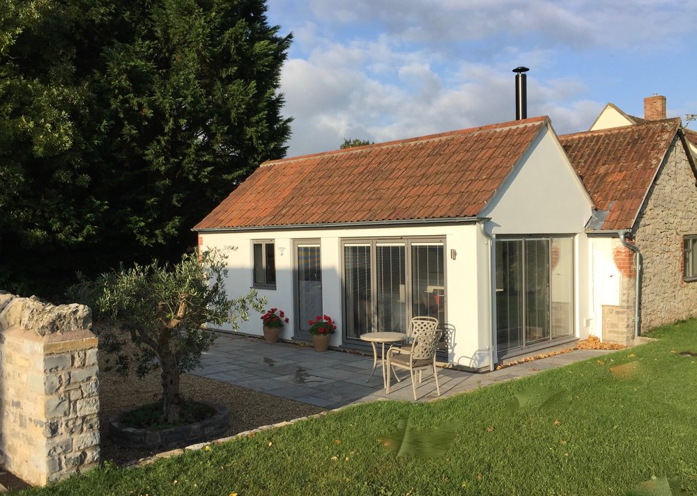 SWALLOW'S REST - SLEEPS UP TO 4  Features: One twin/double bed plus two comfortable sofa beds, outside seating area, kitchen, wc/shower room, log burner, wi-fi.