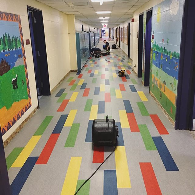 Now THIS is a fun hallway! The kiddos are going to love coming back to these new floors 😍