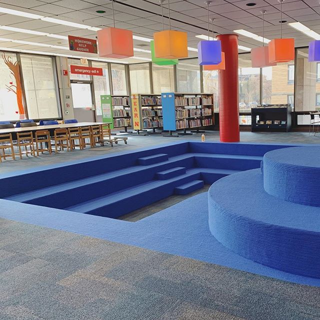 Finishing up a fun library project this week using @interface carpet tiles (Cubic color Shape) and sheet goods (Viva Colores color Azul). These stairs were no easy task, but our awesome crew completed it flawlessly 💪 (local sales force @boston_interface)