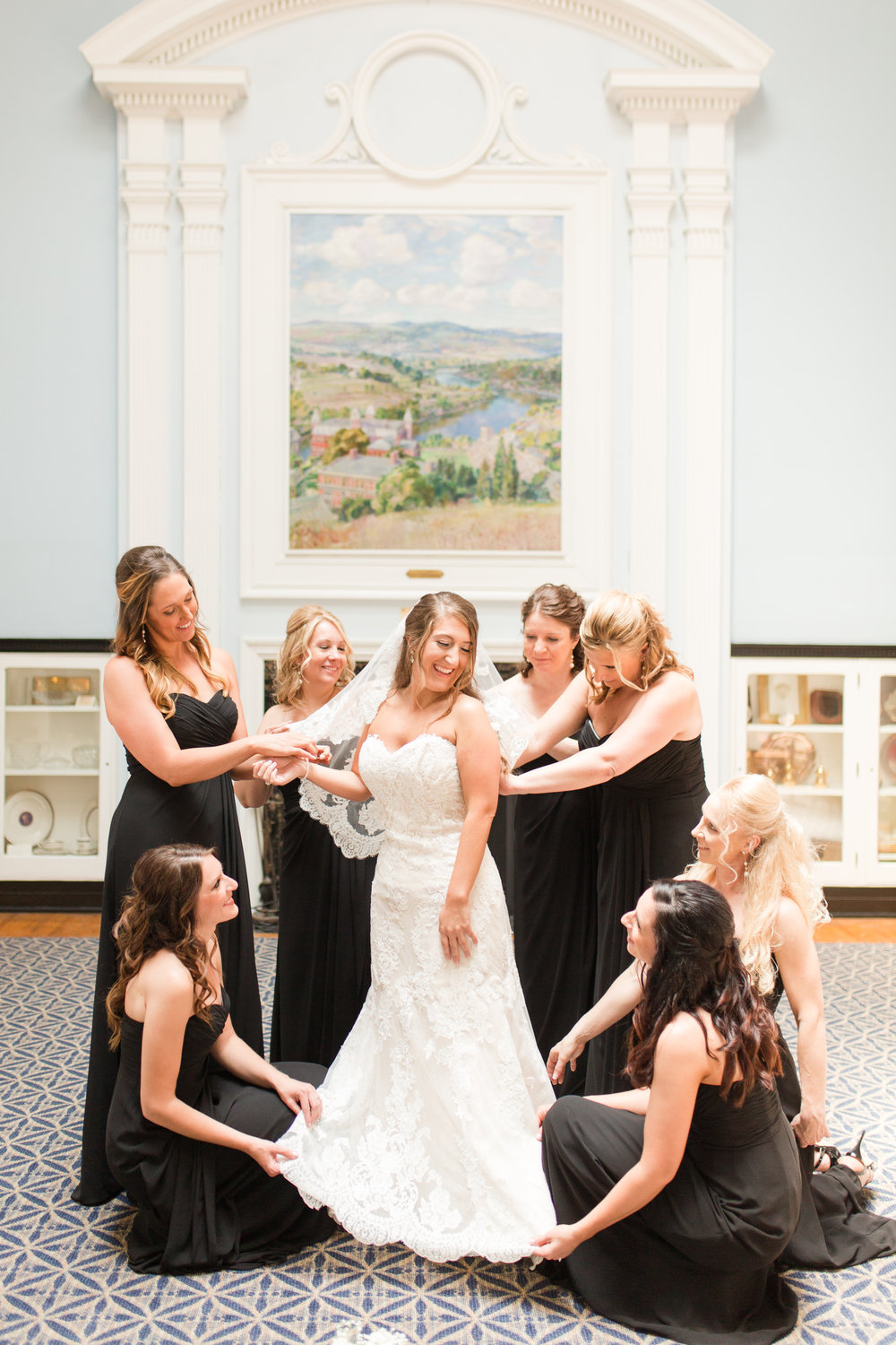 bridals and bridal party-105.jpg
