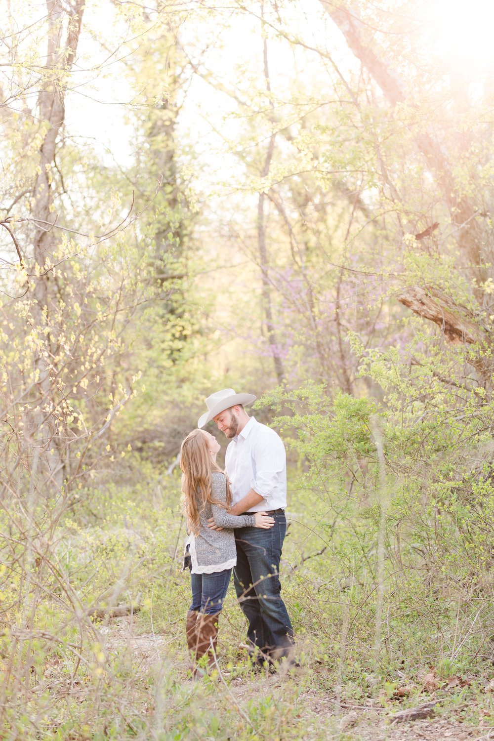 woodsy engagement session, martinsburg, wv