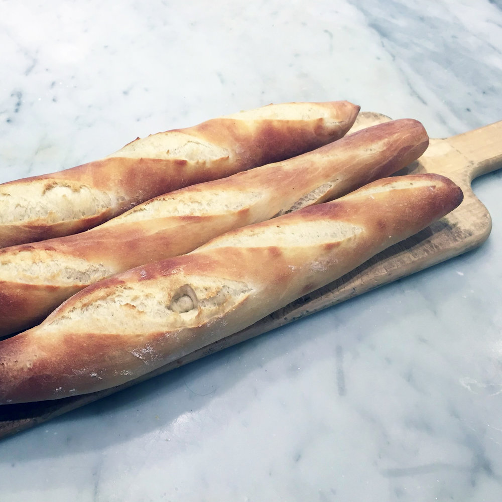 3 FRENCH DEMI-BAGUETTES