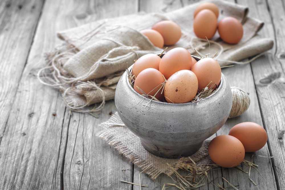 For and egg-cellent article on the health benefits of eggs (with recipes), just click or tap on the button below : -