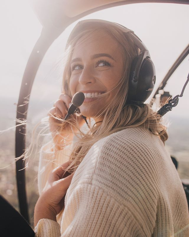 Let your dreams take flight 🚁 Model: @jacykjordan . . . Shoutout to @julian.t.rodriguez & @eli_theheliguy for making this all possible and for an amazing flight! First time on was an incredible experience 👌🏼