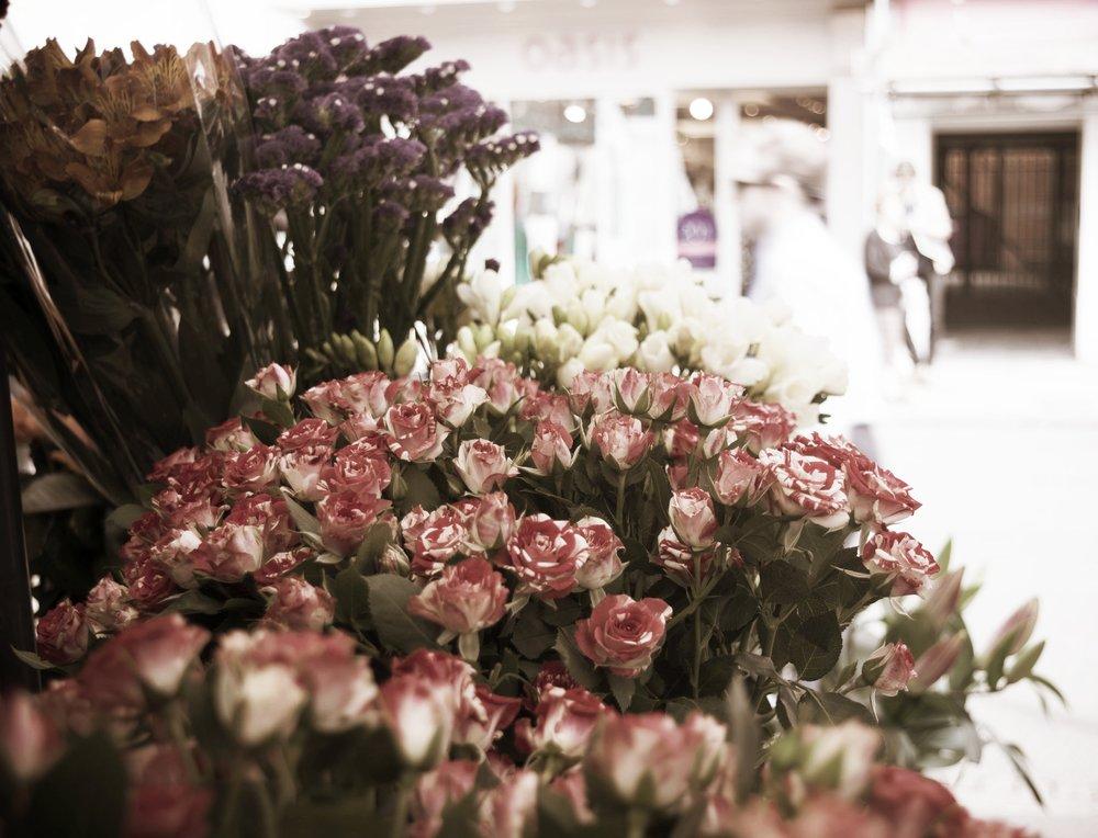 Flowers in Market.jpg