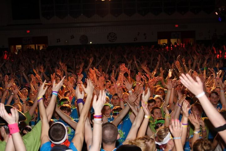 dancemarathon850_1433835_n