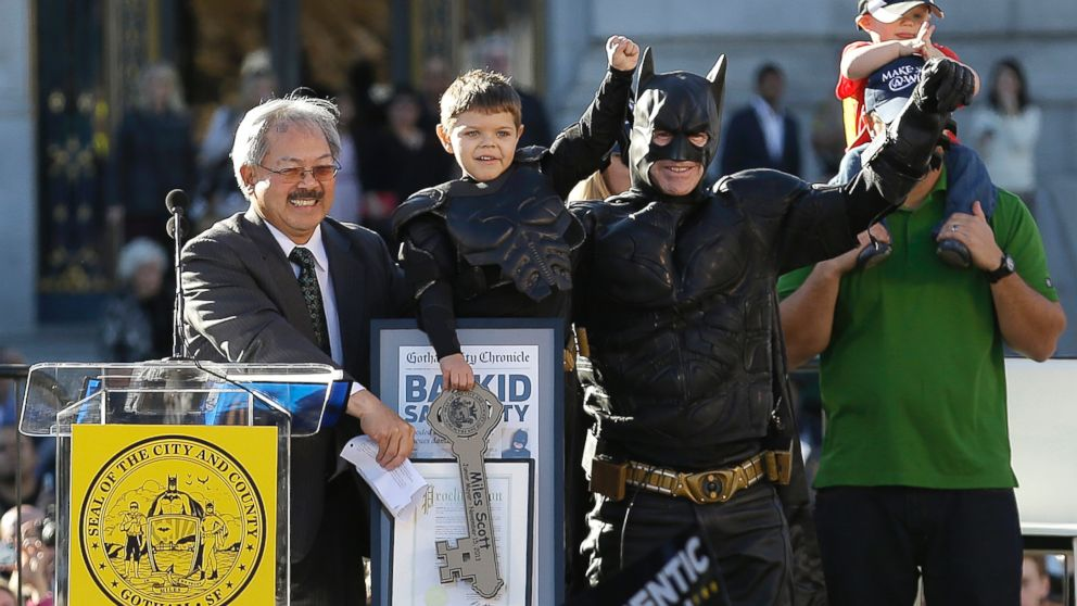 AP_batkid_key_makeawish_lpl_131115_16x9_992