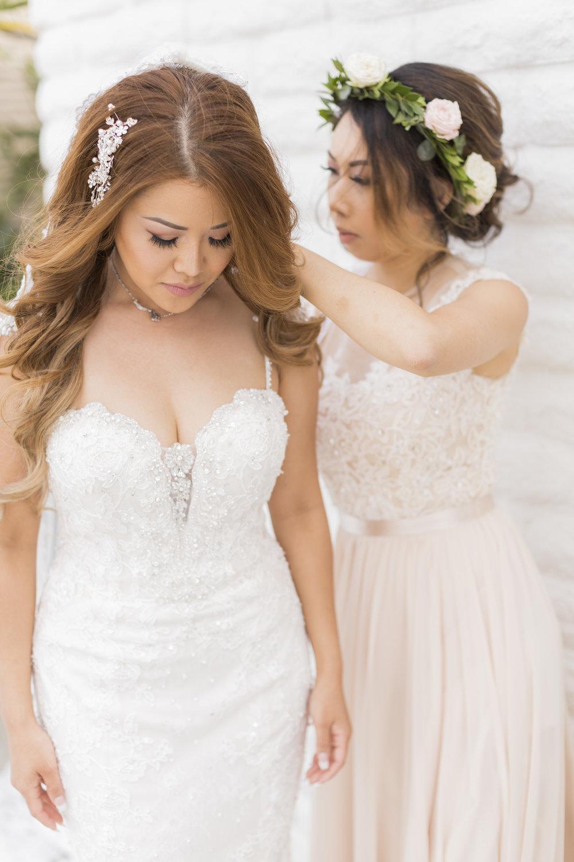 bride_prep_0127.jpg