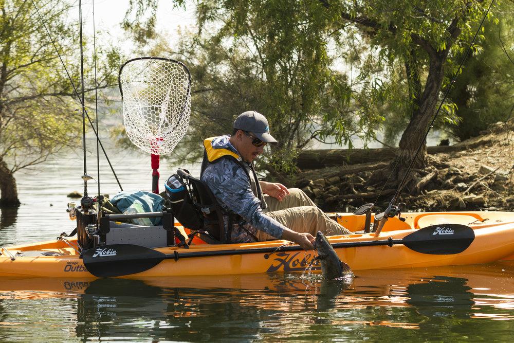 Outback_action_fishing_catfish_grip_papaya_Kevin.jpg
