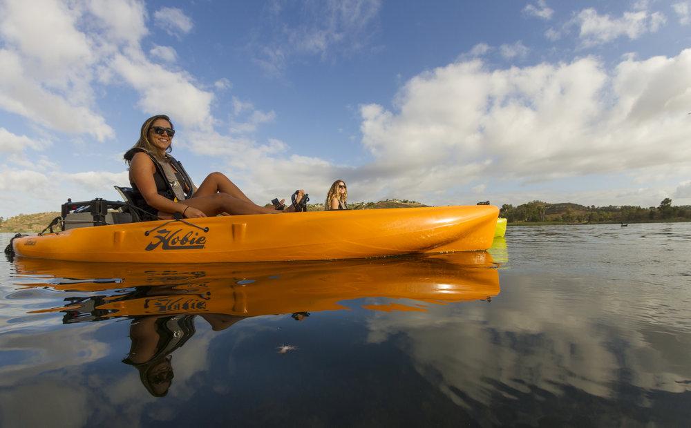 Outback_action_lake_female_papaya_wideangle.jpg