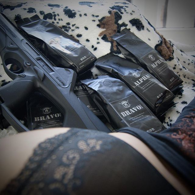Thank God it's monday 🙏be safe and God bless y'all 🇳🇱👊🇺🇸 Tactical coffee ☕️ now available within the Netherlands 🇳🇱 order yours today 👊 picture by gun loving @fatymoumtaz 😉 #coffee #nederland #holland #amsterdam #newyork #police #koffie  #maandag #moonshine #moonshine #michielderuyter #warriorsground #cigar #meteorite #warrior #military #bbq #summer #badass #politie #gruntstyle #punisher #oak #woodworking  #noexcuses #koffietijd #neverforget911 #dutch #fire #hotstamp ☕️ by @tacticalcoffeecompany