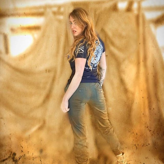 The one and only @ameliapresleymusic by @inkandboots go follow her ASAP 🇺🇸💙🙏💙🇺🇸 #presley #amelia #badass #countrygirl #thinblueline #country #cowgirl #cattle #cows #farmer #duinconsulting #cheetah #fendt #newholland #tractor #amsterdam #barn #countrylife #farmersdaughter #k #winter #johndeere #challenger #agri #farmhousestyle #case #crew #agco #machine #coastguard