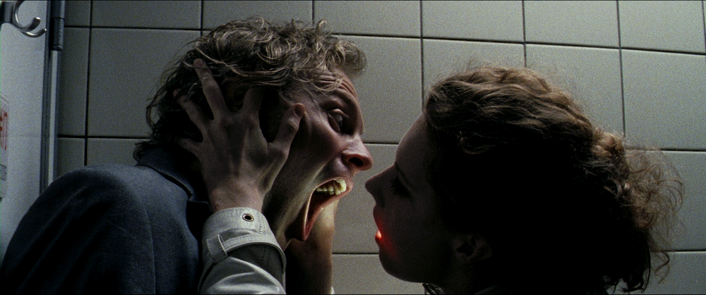 A still from  Luz