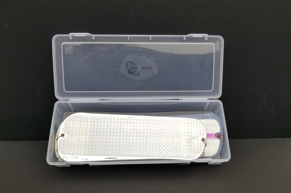 small box loaded with 360s lid opened V2.png