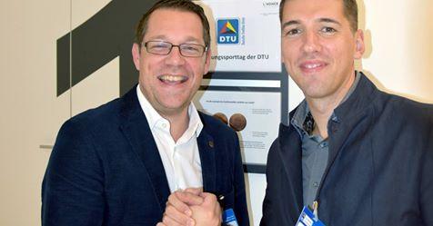 Dennis Sandig, head of the coach education program of the DTU, and INSCYD project leader Sebastian Weber