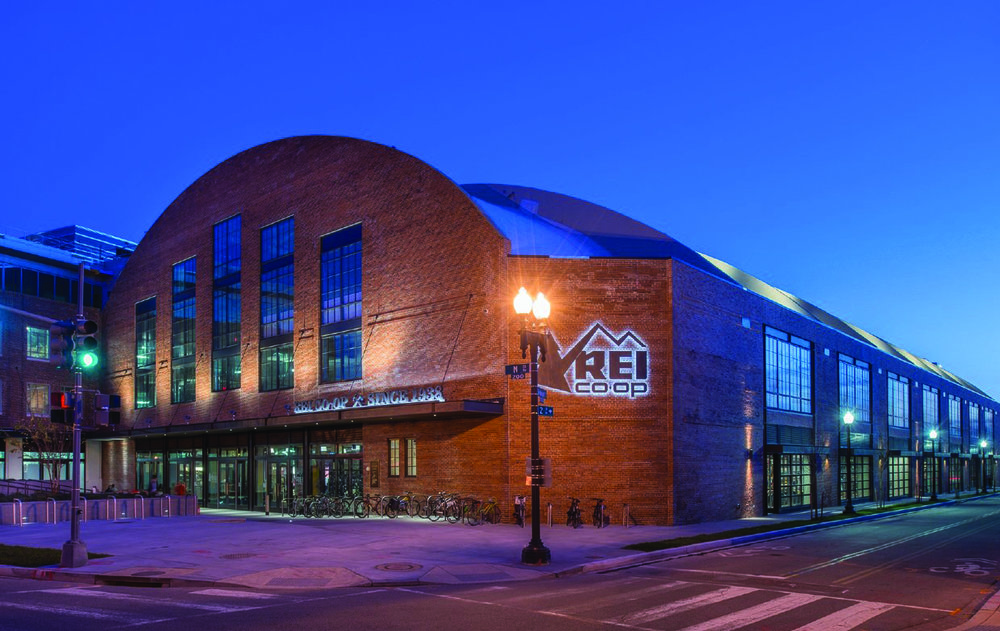 Uline Arena Exterior 3.jpg
