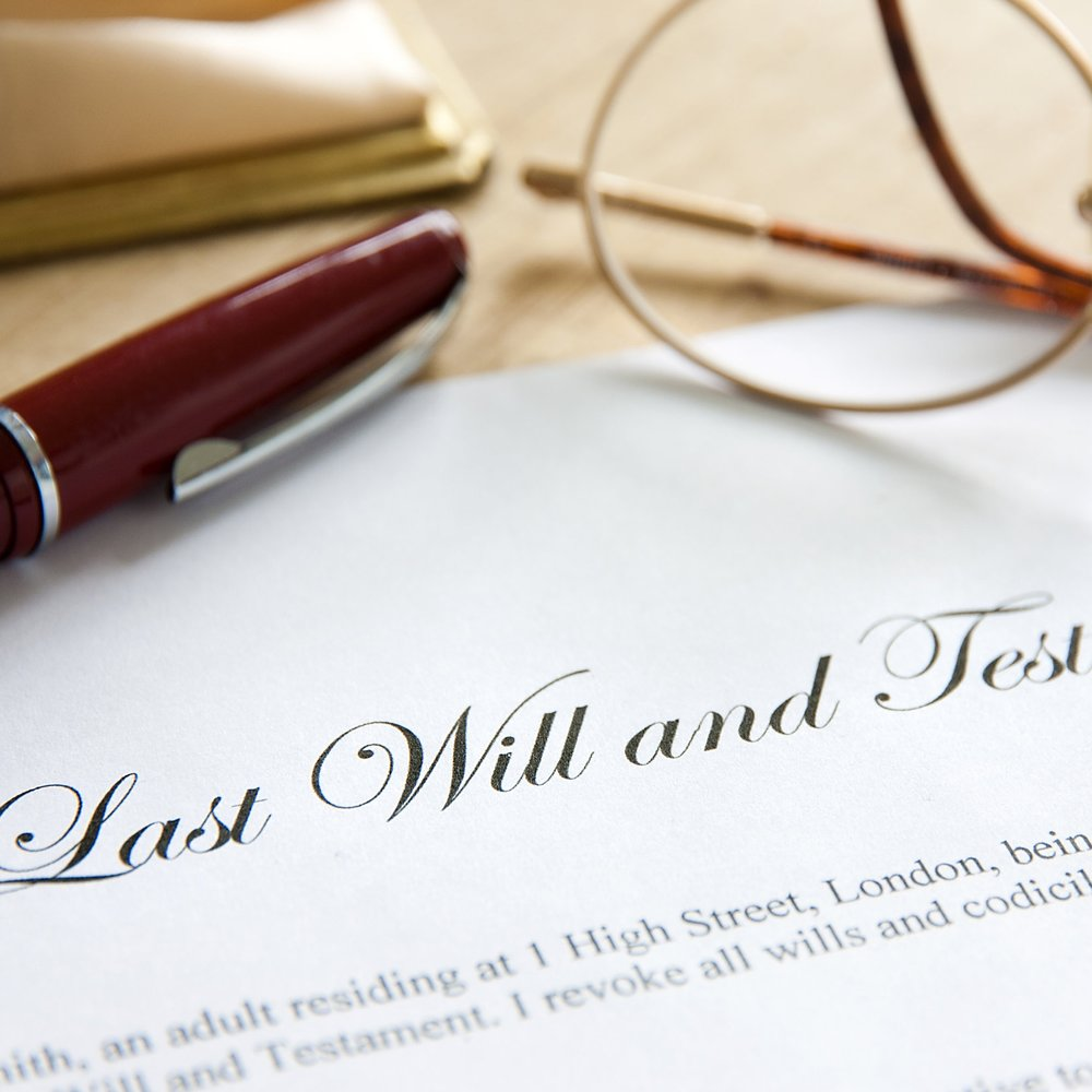 8_SHSt_stock-photo-last-will-and-testament-concept-image-complete-with-spectacles-and-pen-133419032.jpg