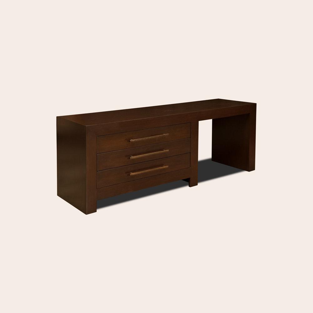 Reinaldo Dresser Desk