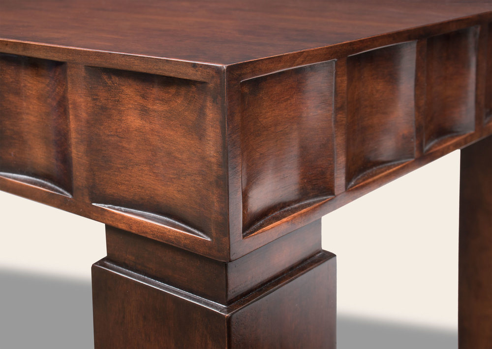 Maribel Console Table Detail