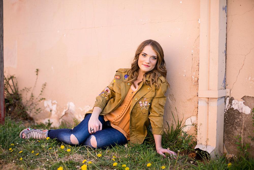 linda-mcmillan-photography-senior-hallie-ally-lubbock-texas.jpg
