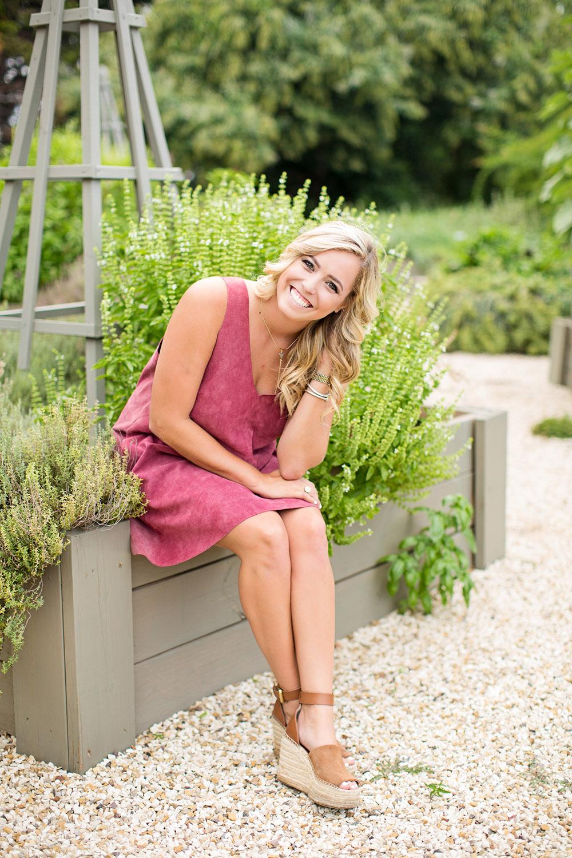 linda-mcmillan-photography-senior-meagan-texas-tech-horticulture-garden-.jpg