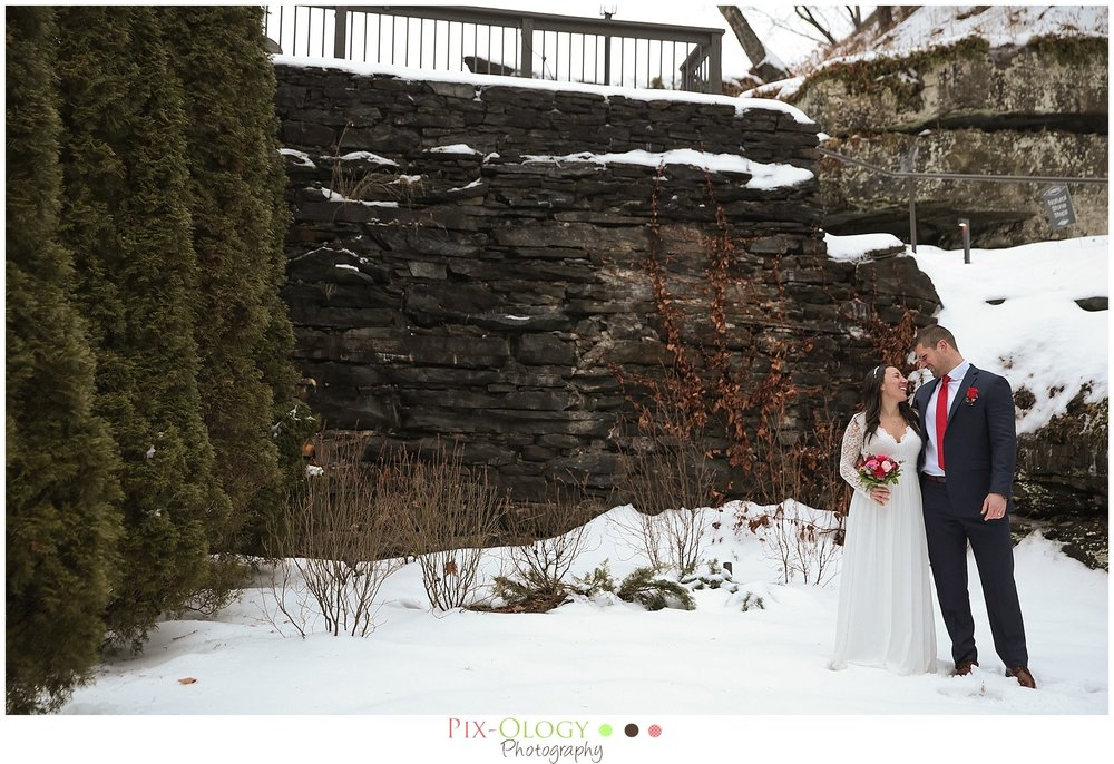 pix-ology-photography-winter-wedding-ledges-hotel-bride-groom
