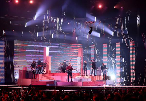 George+Ezra+32nd+Annual+ARIA+Awards+2018+Show+xLWyd3Yek3yl.jpg
