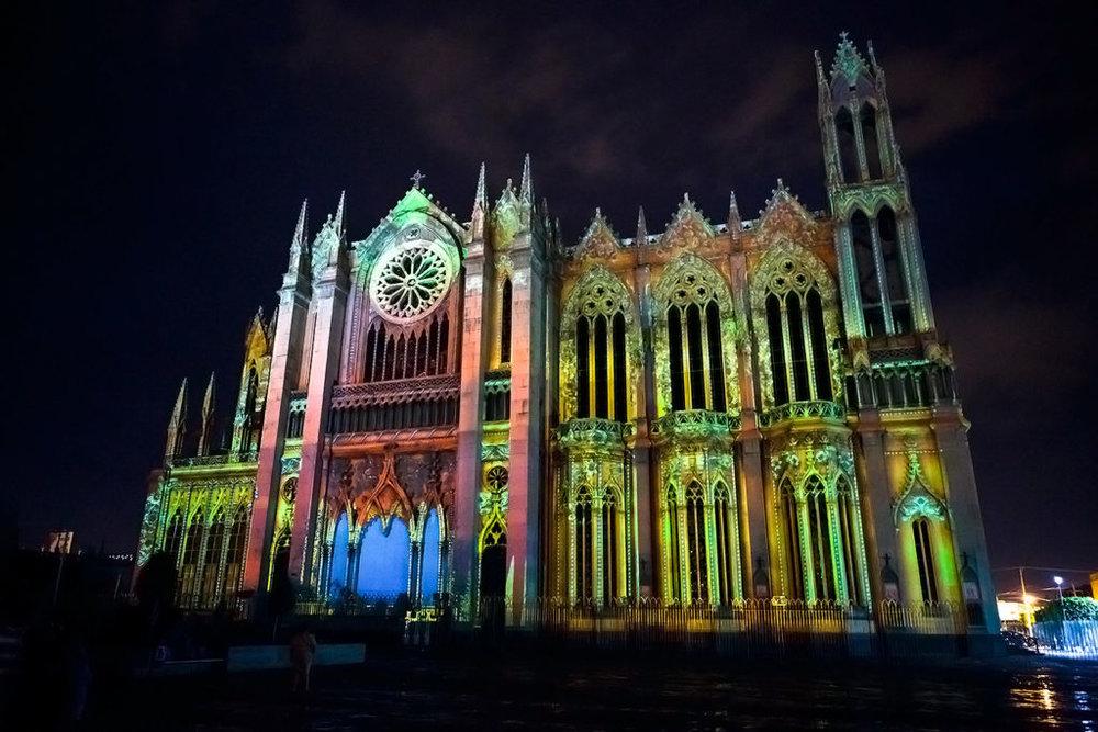 GTO_Leon-Templo-Expiatorio-Diocesano-DEL-Sagrado-Corazon-DE-Jesus-Luz-Y-Sonido-Gotas-DE-Sangre_1621-GEMD-GP-Himd-1024x683.jpg