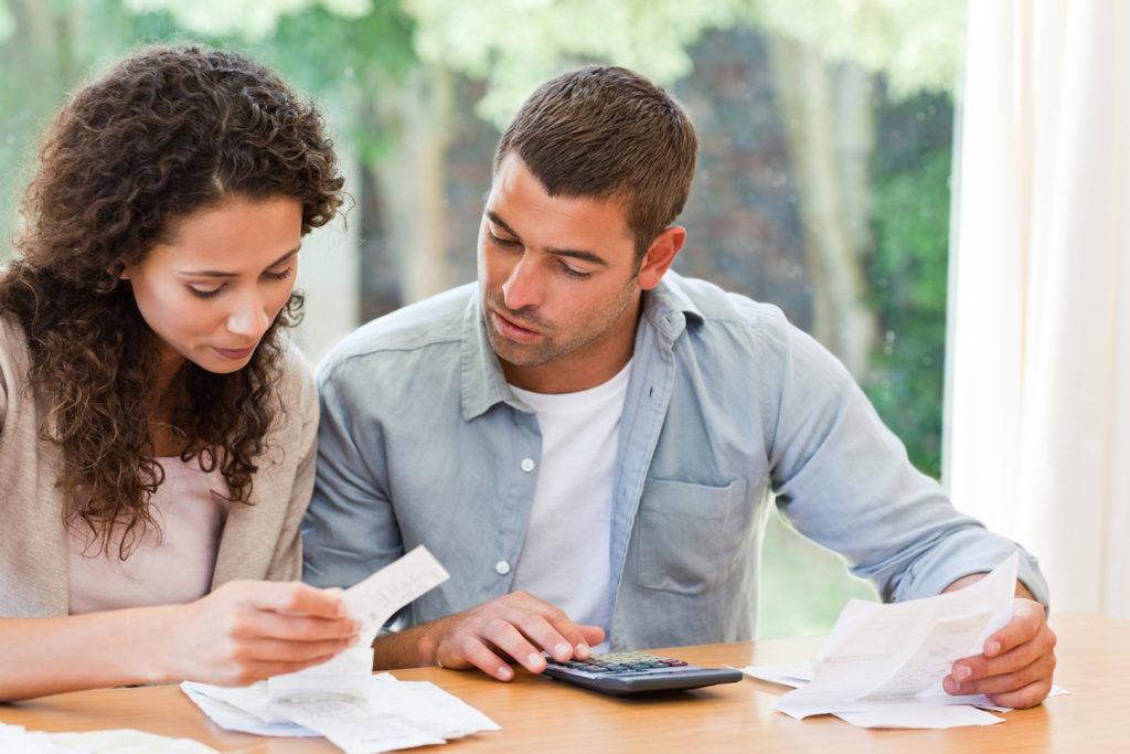 Ahorrar en pareja: 5 consejos prácticos