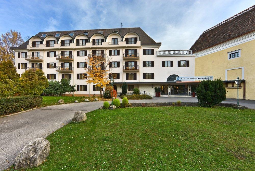 Hotel Schloss Weikersdorf, Baden, Austria_preview.jpeg