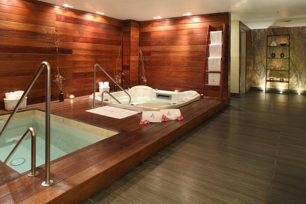 emp ver oriental spa jacuzzi.jpg