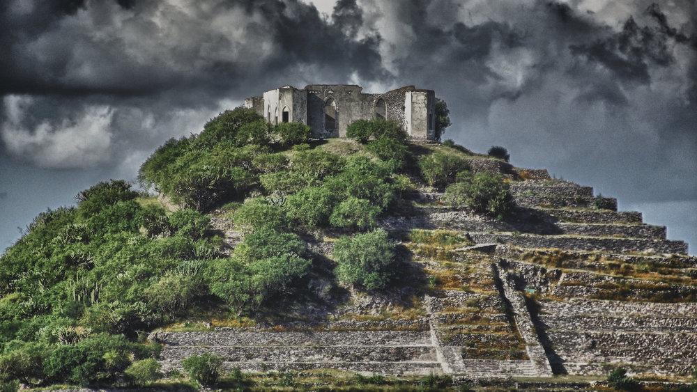Piramide_del_Cerrito.jpg