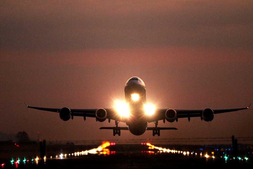 ¿Quién es y qué hace un controlador de tráfico aéreo?