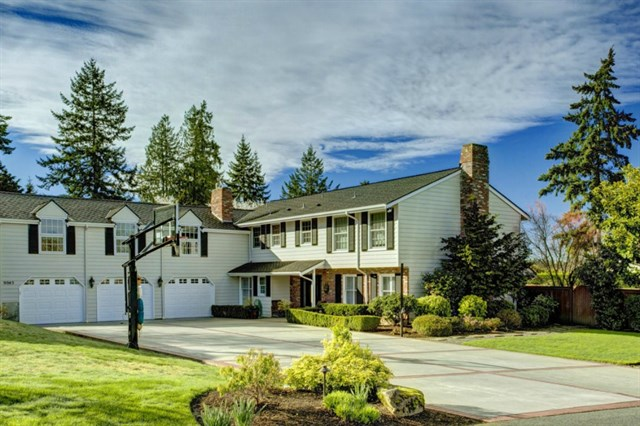 YARROW POINT - $2,125,000
