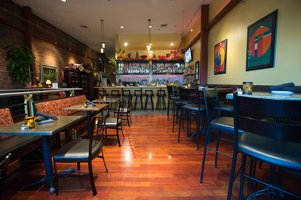 novo-restaurant-lounge-patio-1_web.jpg
